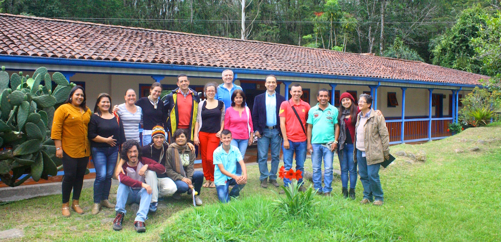 Small is Beautiful: Promoting Community Empowerment in Model Forests of Colombia and Costa Rica